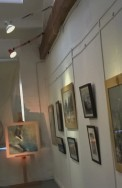 gallery wall standback