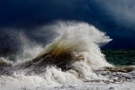 Wave, Darkside Photography